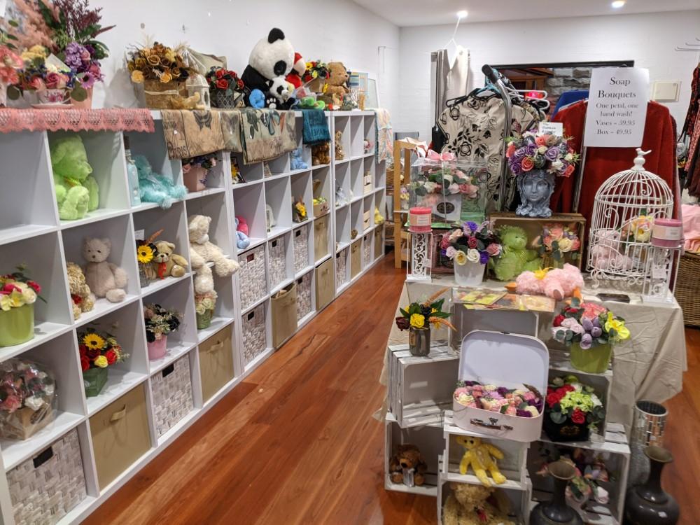 Shop 23 Upsyched Soap Bouquet Shop (Custom)